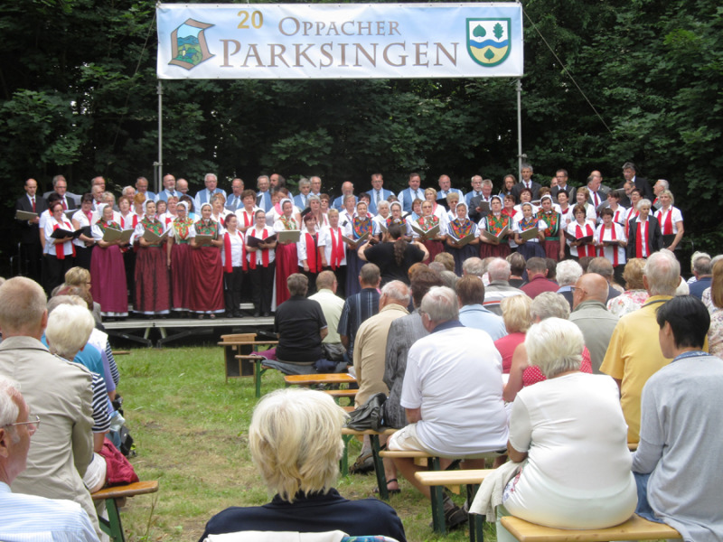 Oppacher Parksingen im Schlosspark