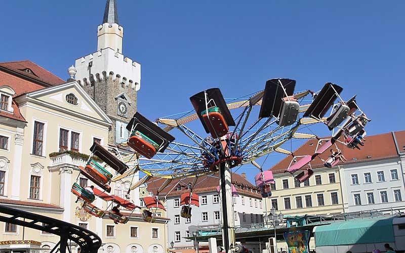 Löbauer feiern doch Stadtfest