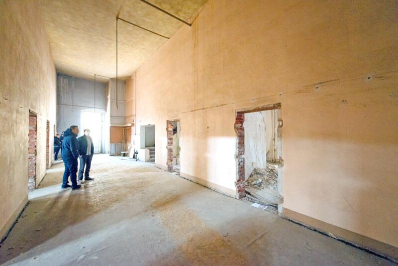 Löbauer beleben das alte Gewandhaus