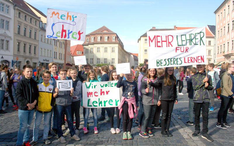 Schüler fordern mehr Lehrer