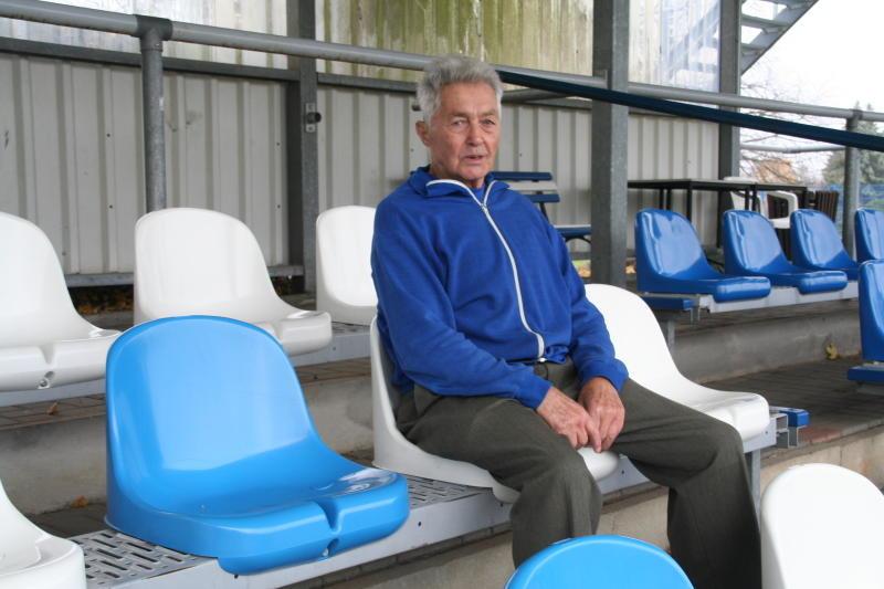 Ältester Fußballfan mit Kultstatus
