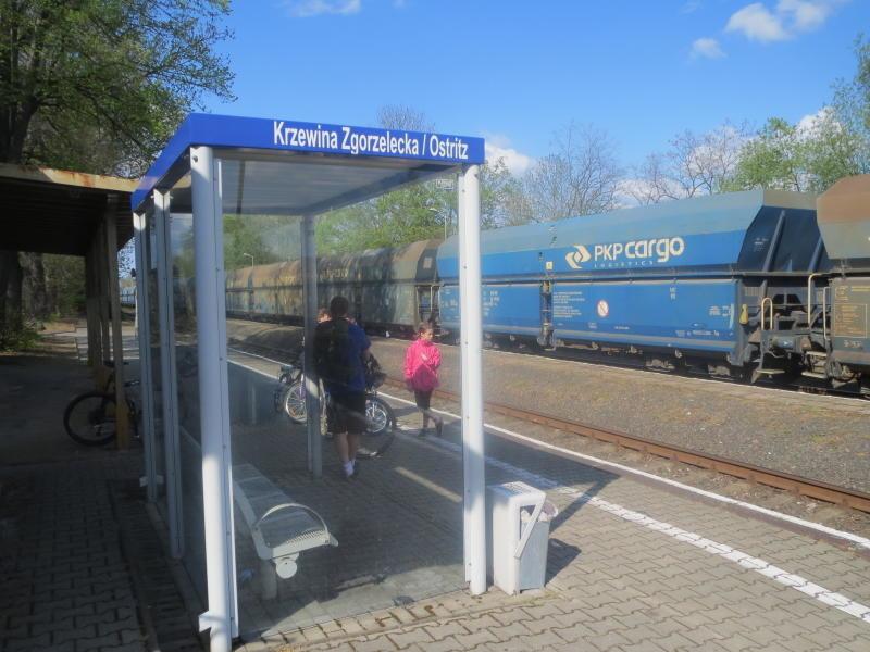 Ostritzer Bahnhofstation auf polnischem Territorium