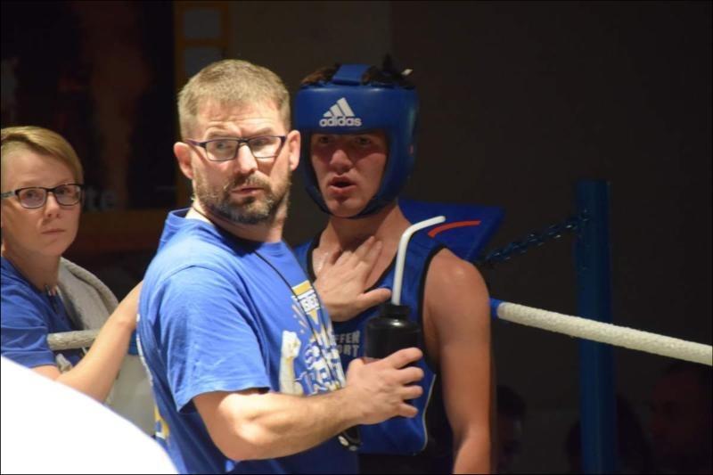 Boxer motivieren sich mit Workout-Videos