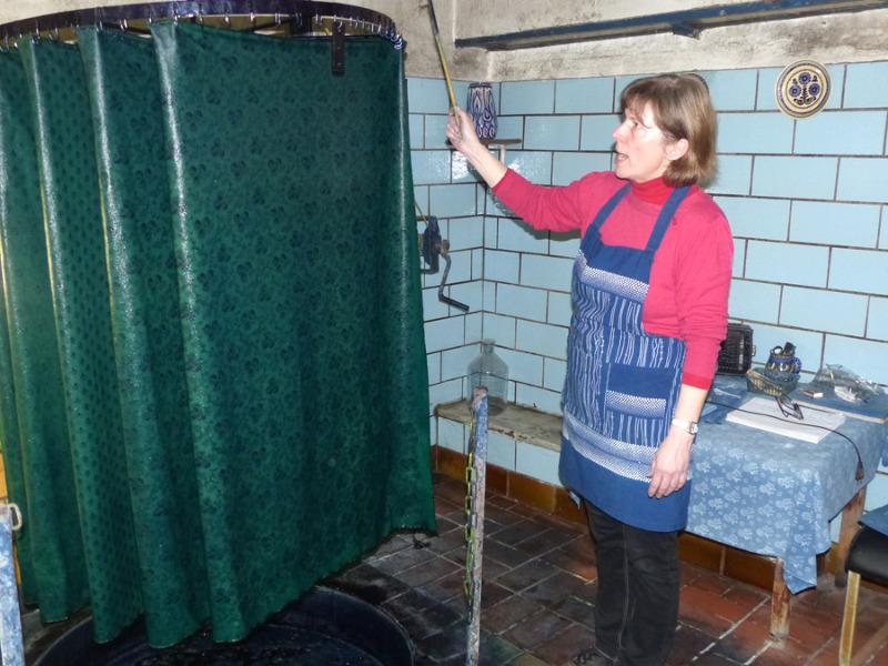 Frau Reppe schlägt Grün zu Blau