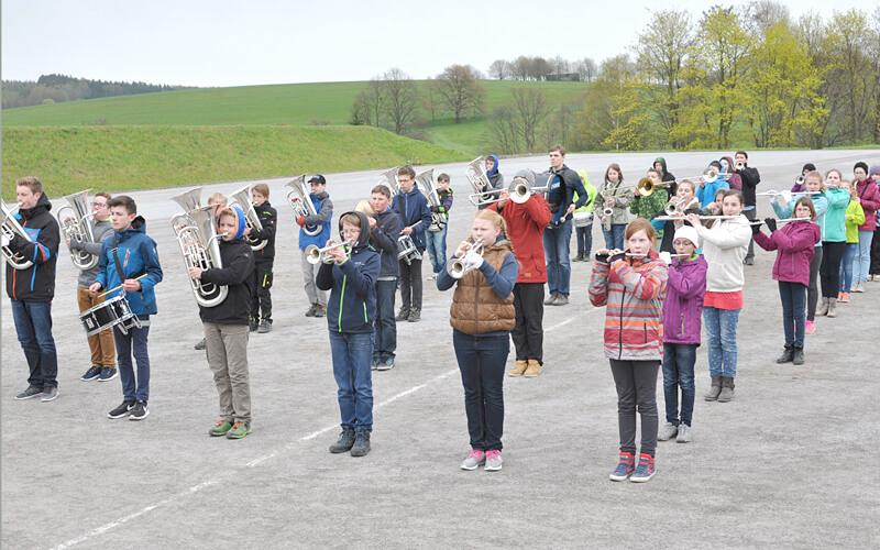 Marsch und Drillkontingent des Spielmannszug Oberlichtenau in Dresden