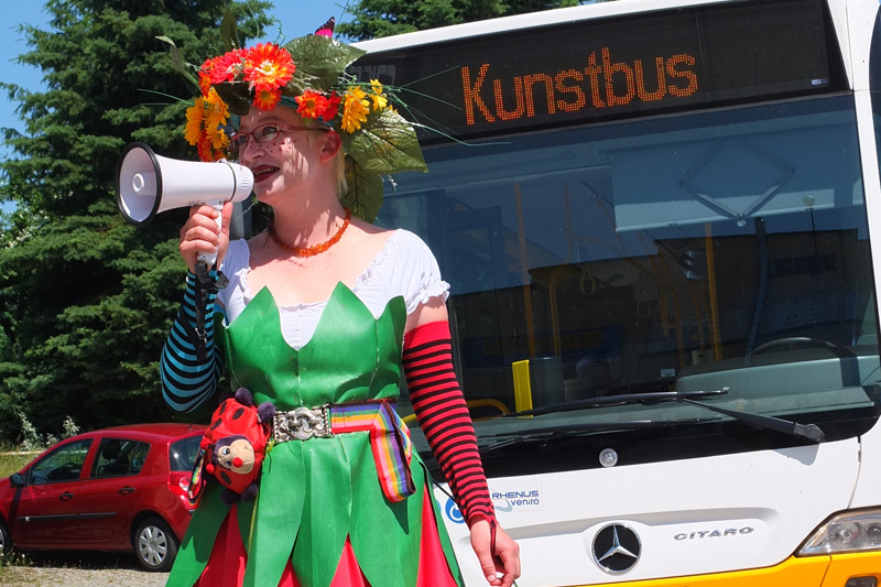Fahrt im Kunstbus