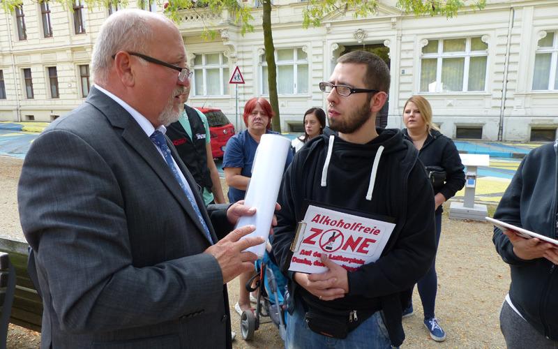 Gibt's bald ein Alkoholverbot auch auf dem Lutherplatz?