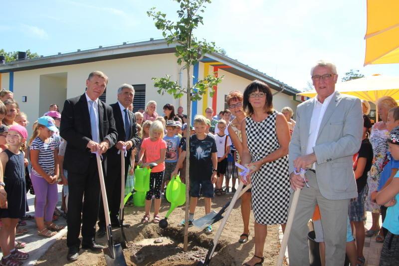 Neues Schulhaus eingeweiht