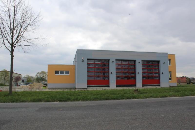 Neues Feuerwehrgerätehaus erhält eine Zufahrt