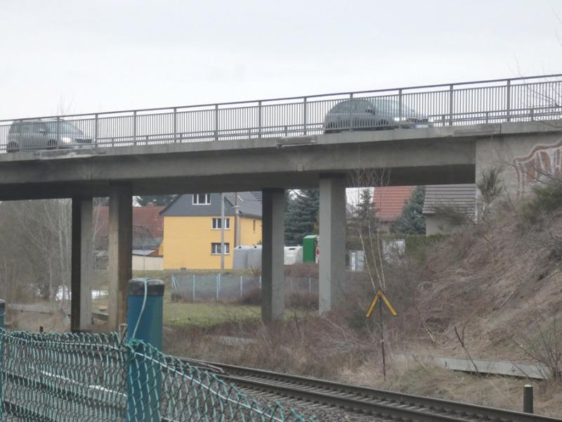 Bahnbrücke wird neu gebaut