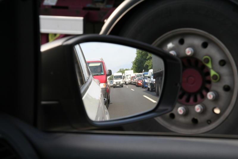 Verkehrsinfarkt: Wachsende Verzweiflung auf der A4