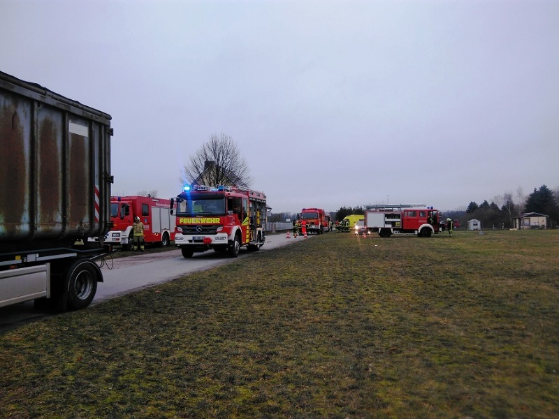 Update: Transporter mit Heizöl havariert am Stausee