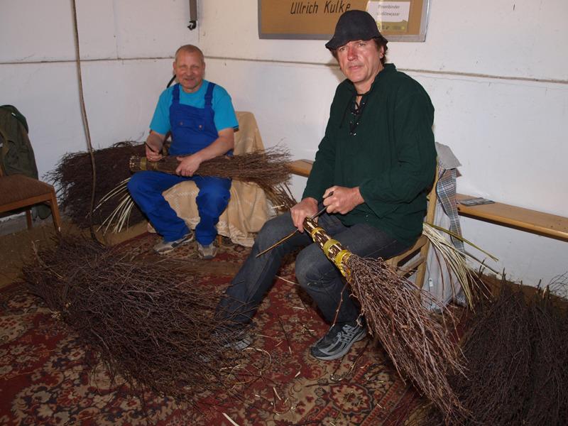 Zwei Hohendubrauer bewahren Tradition