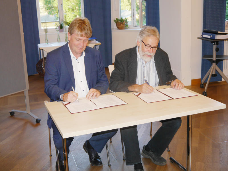 Fusionsbeschluss ist unterzeichnet