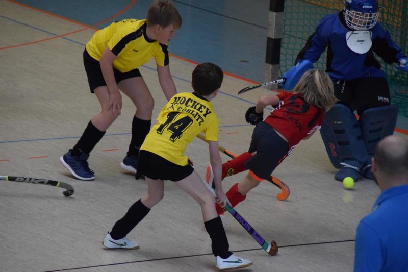 Die Jüngsten des Postsportvereins starten daheim in die Hockey-Hallensaison