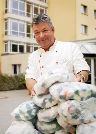 Schützenhilfe für Deckelsammler