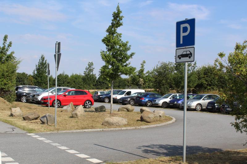 Mehr Parkplätze für A 4-Pendler