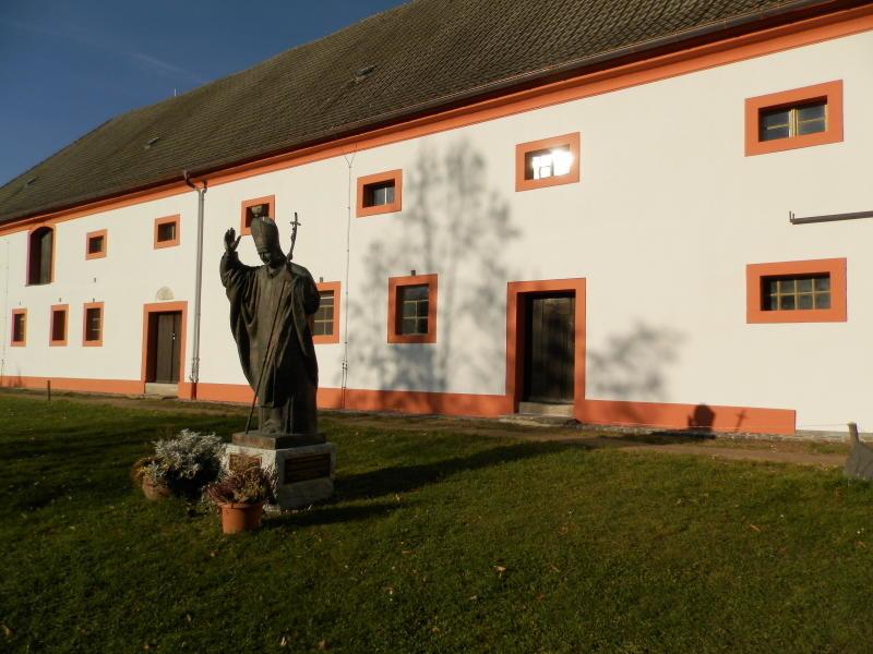 Klostergebäude nach  vielen Jahren saniert
