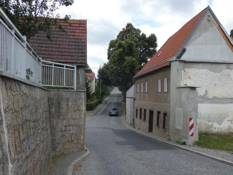 Engstelle an der Pulsnitzer Straße bleibt trotz Abrisses bestehen