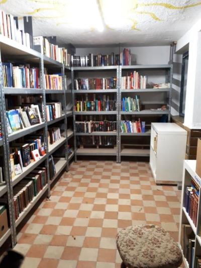Nach Brandstiftung: Neustart im Bücherhäusl