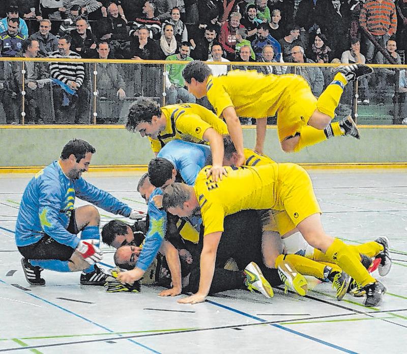 Bernstadt erlebt den Sparkassen-Cup im Fußball
