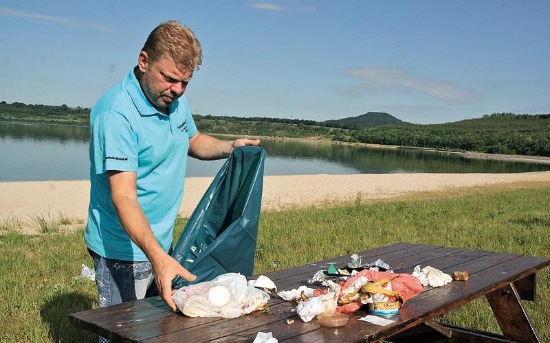 Müll verschandelt  den Görlitzer Strand