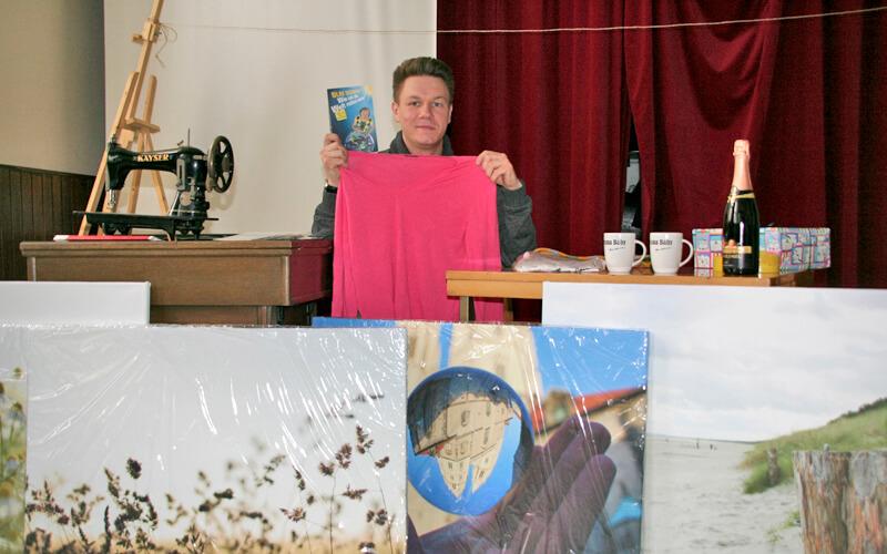 Spendengala: Promis geben ihr letztes Hemd