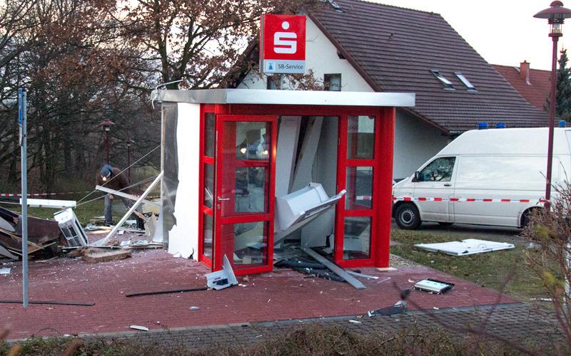 Sparkassenhäuschen in Bischofswerda-Nord gesprengt