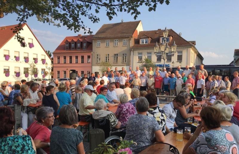 Wo man in Rothenburg singt, da lass Dich ruhig nieder