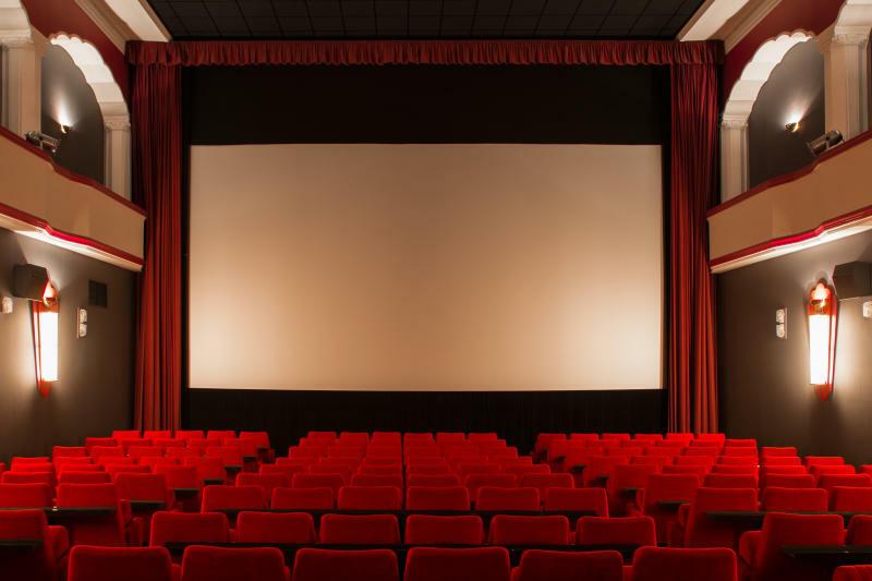 Blockbuster flimmern bald wieder über Kinoleinwände