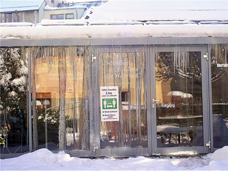 Galerie Kunstlade voller Eiszapfen