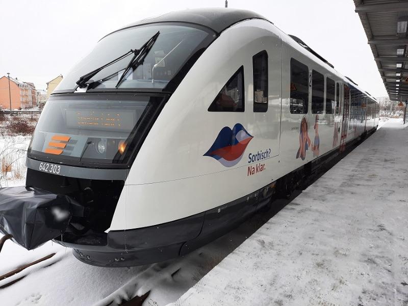 Schneechaos sorgt weiter für Einschränkungen im Zugverkehr