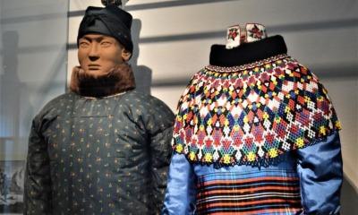 Kleider machen Leute – Leute machen Kleider