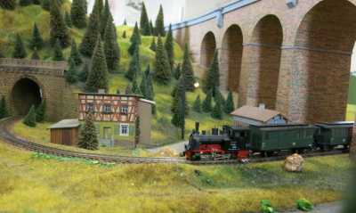 Zugbetrieb im Modellbahnhof