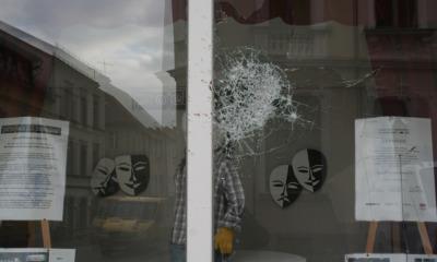 Fensterscheiben demoliert