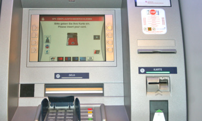 "Geldautomat ""spuckt"" tschechische Kronen aus"
