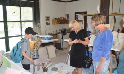 Holz und Kräuter fordern Kinder in Rietschen