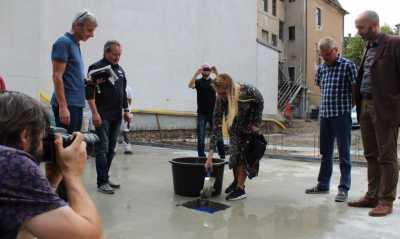 Mehr Kinogenuss: Kiefts bauen an