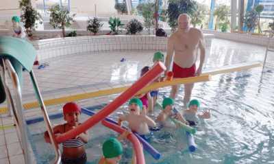 Stadt kündigt Hilfe für Schwimmprojekt auf