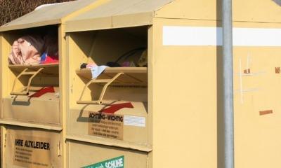 Kleidercontainer abgezogen