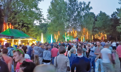 Open-Air-Party lockt Besucher an den See