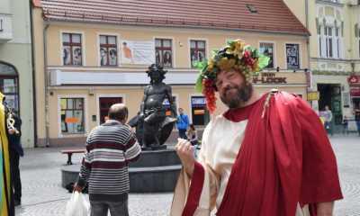 Bacchus erhebt nun in Görlitz sein Glas
