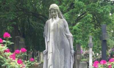 Friedhöfe sind nicht nur Orte der Trauer